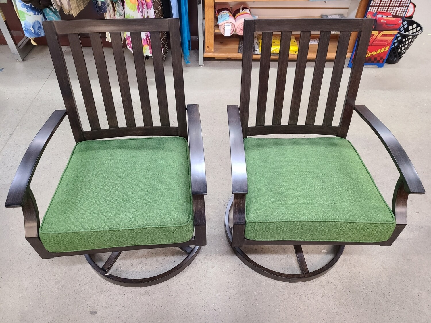 Cushioned Swivel Patio Chairs