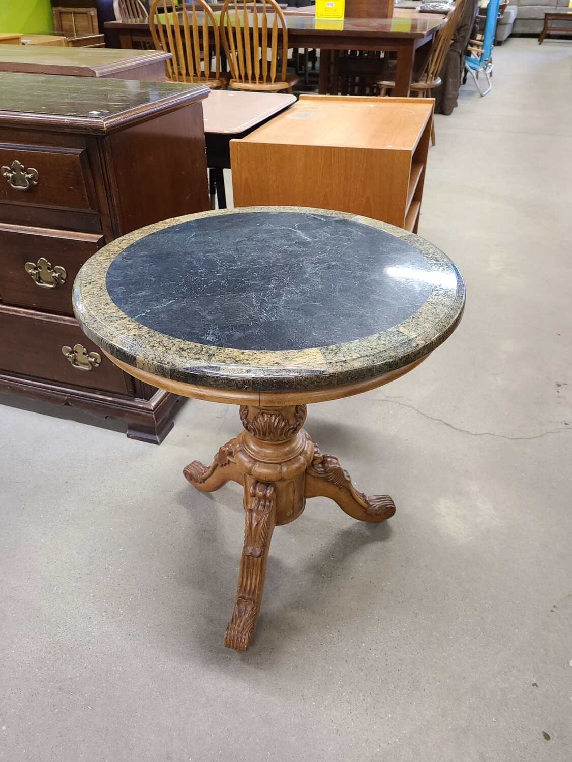 Round End Table2
