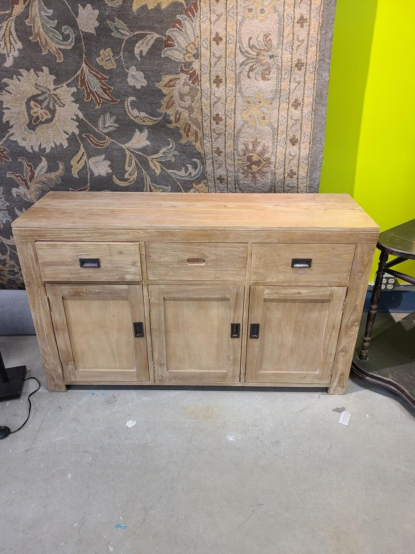 3 Drawer 3 Door Bureau