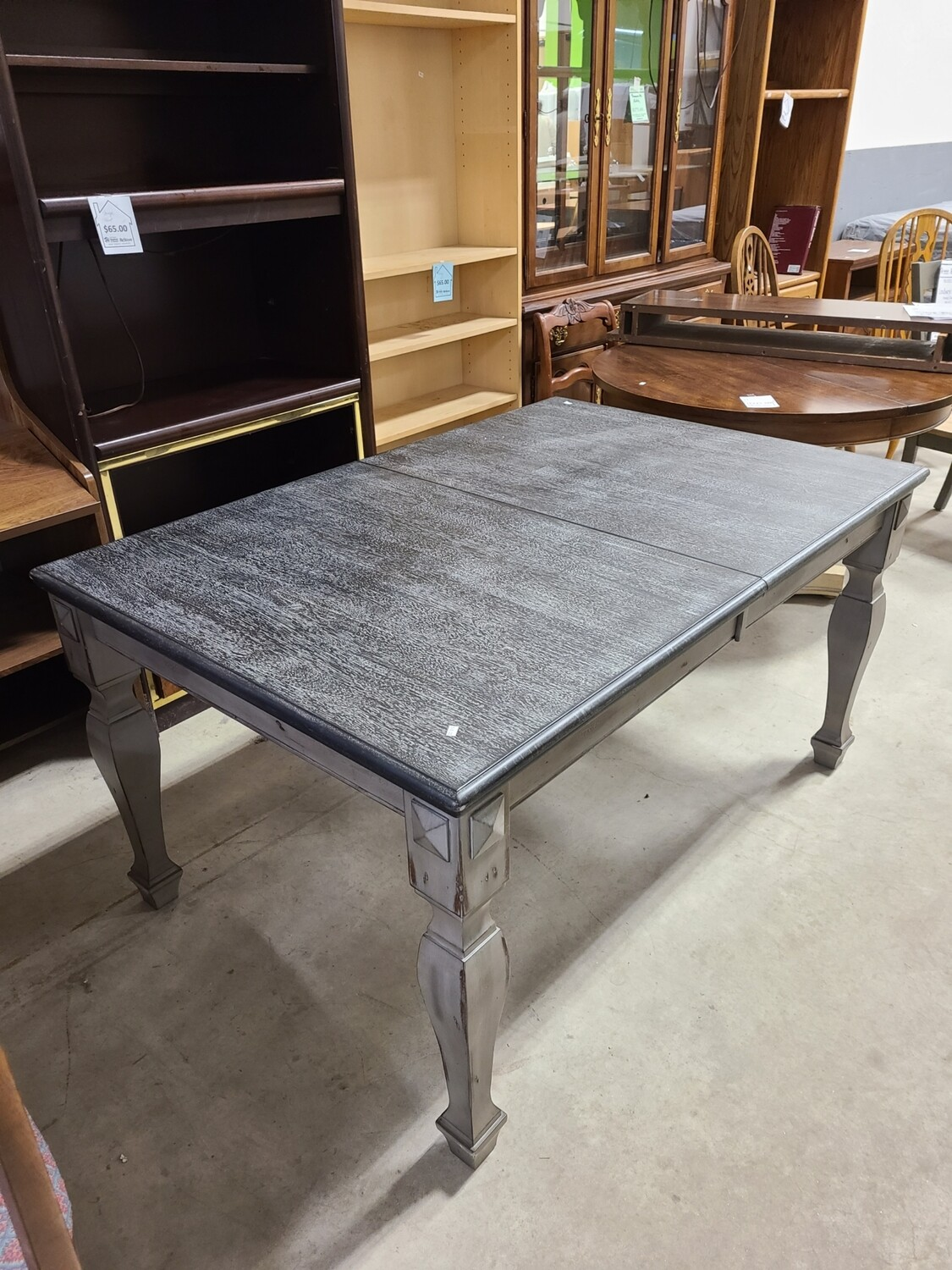 Leydy Extendable Dining Table w/ Butterfly Leaf