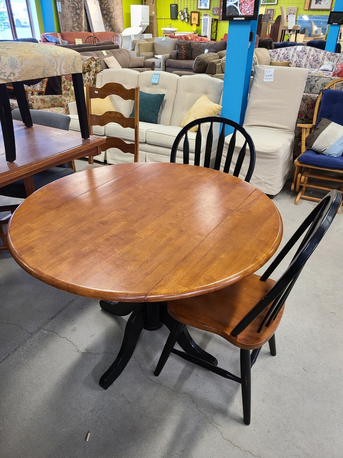 Drop Leaf Table w/ 2 Chairs
