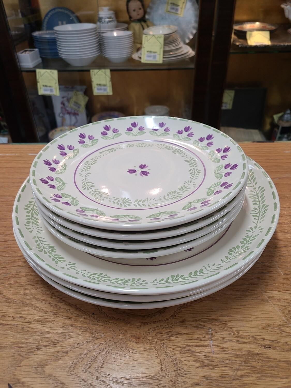 Pfaltzgraff 'Circle of Kindness' Plates (7)