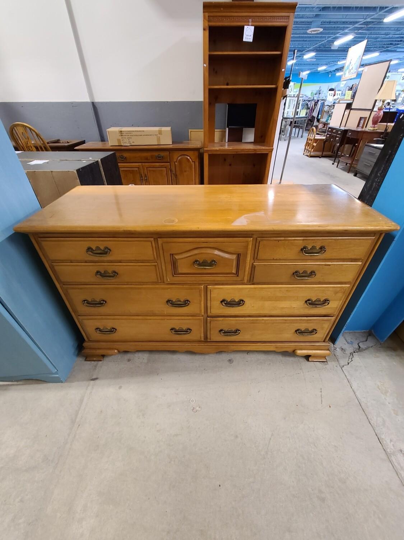 King Furniture Dresser