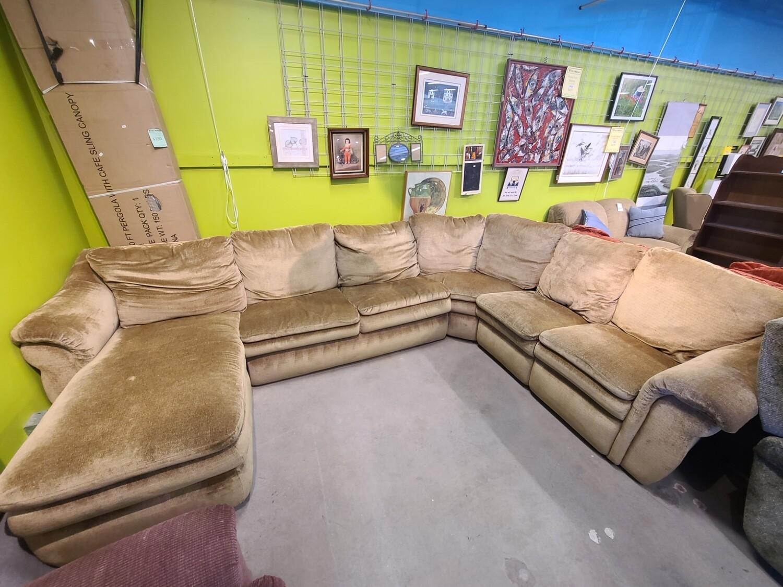 La-Z-Boy Sectional Sleeper Sofa