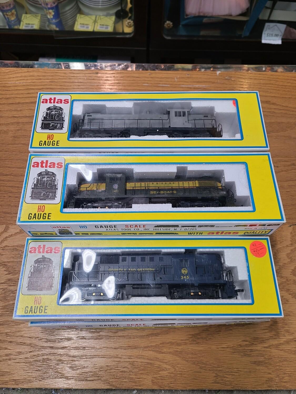 8 Atlas Trains