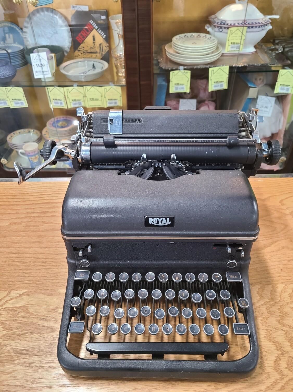Royal Typewriter2