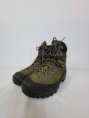 LA SPORTIVA Boots (8.5)