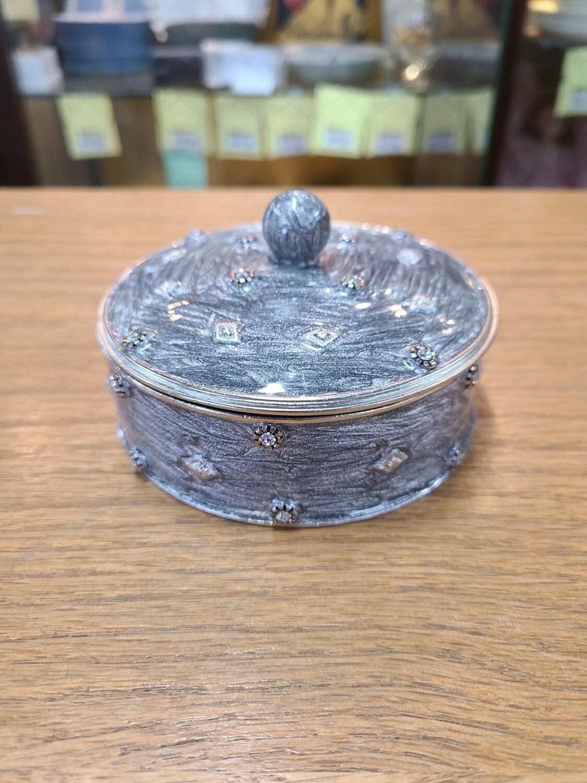 Gattle's Grey Jewel Box
