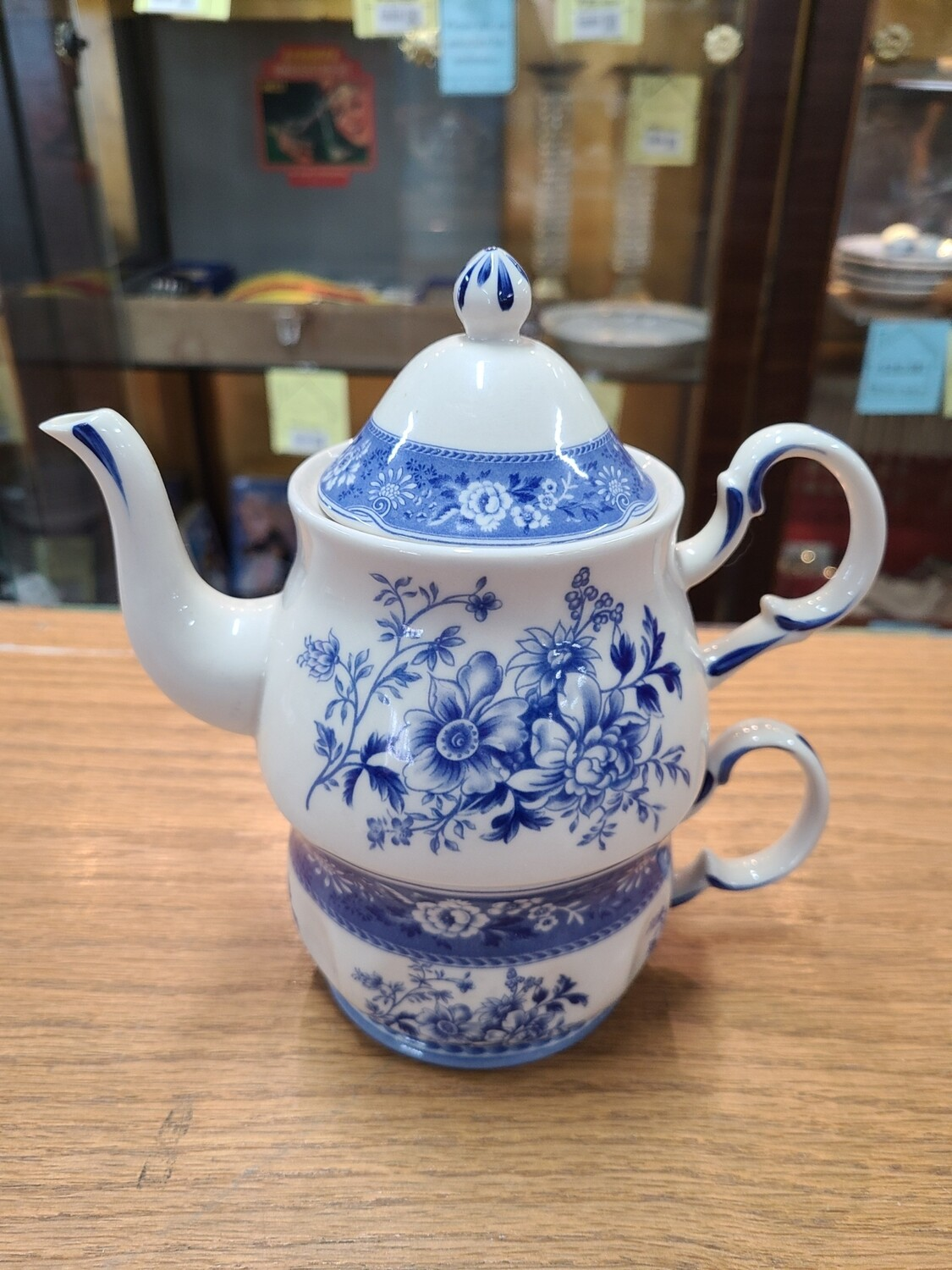 Blue Floral Stacked Teapot and Cup