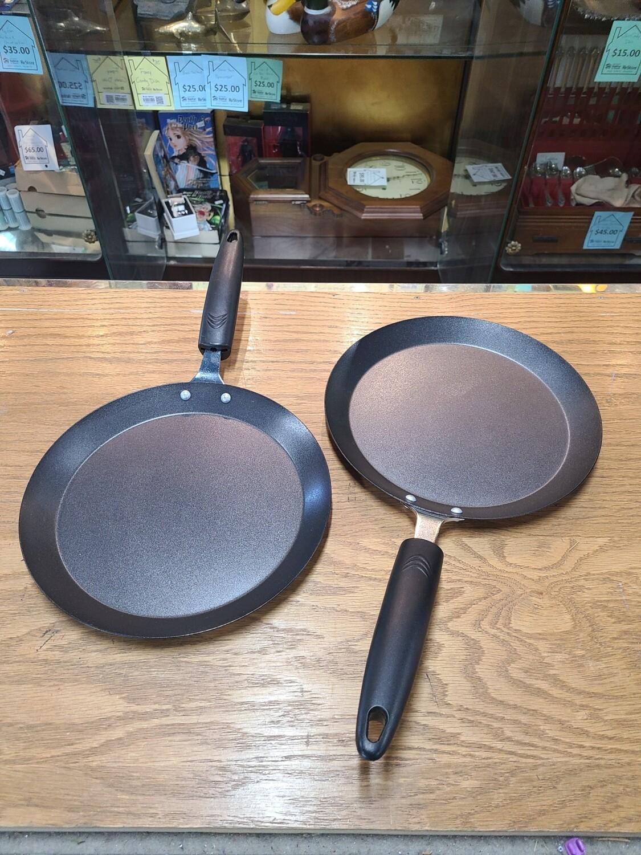 Pair of Norpro Crepe Pans