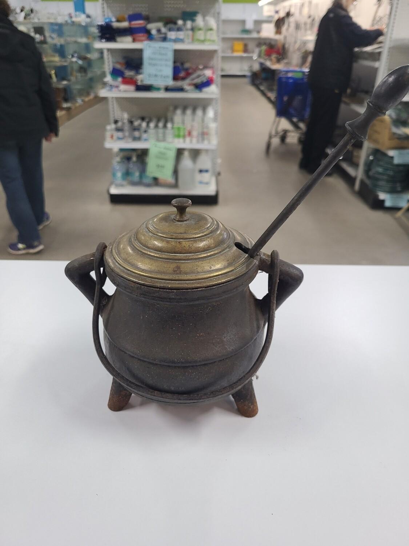 Cast Iron Firestarter Pot w/ Wand