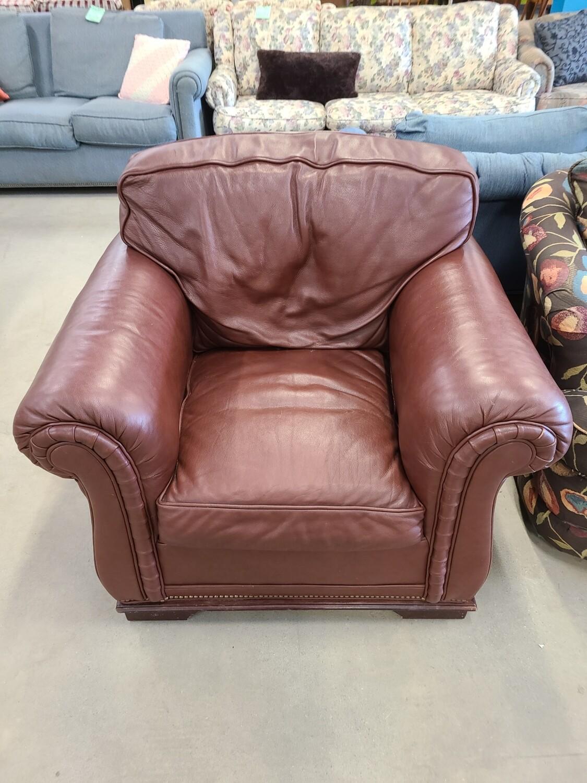 Leather Armchair2
