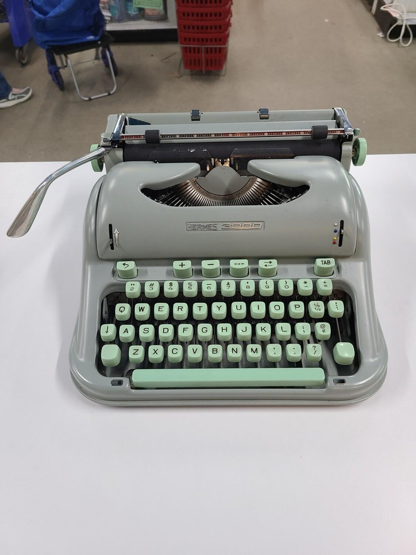 Vintage Hermes 3000 Seafoam Green Typewriter