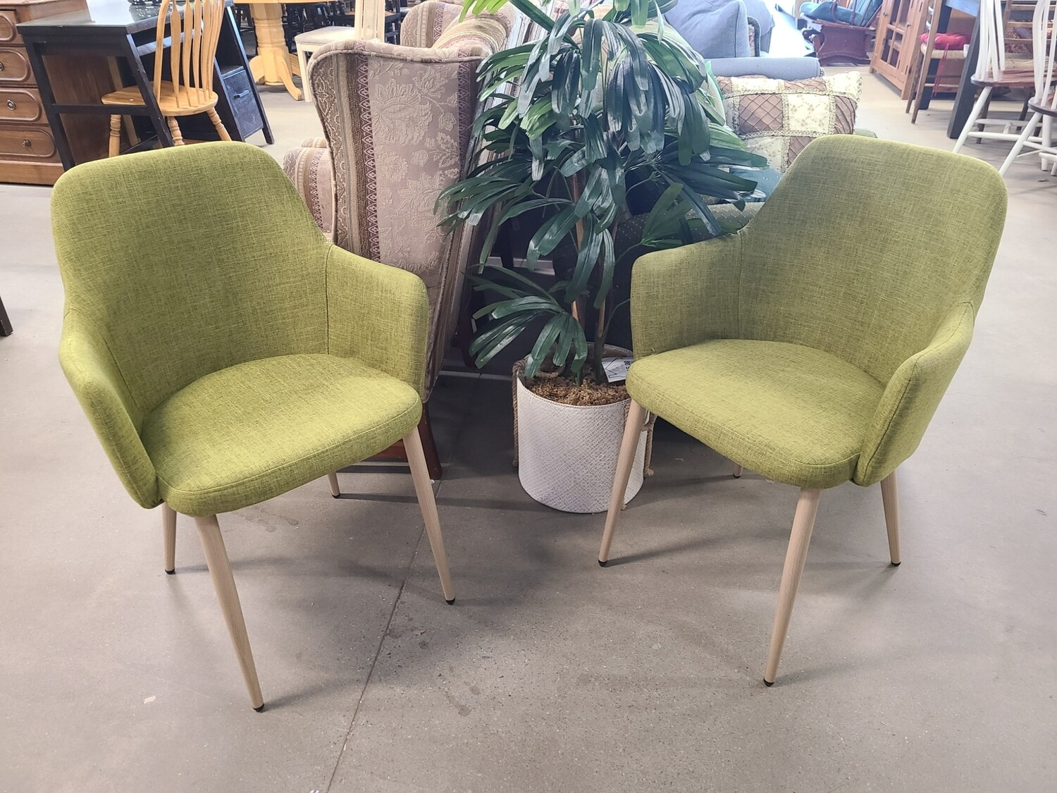 Noble House Home Furnishings Dining Chairs (2)