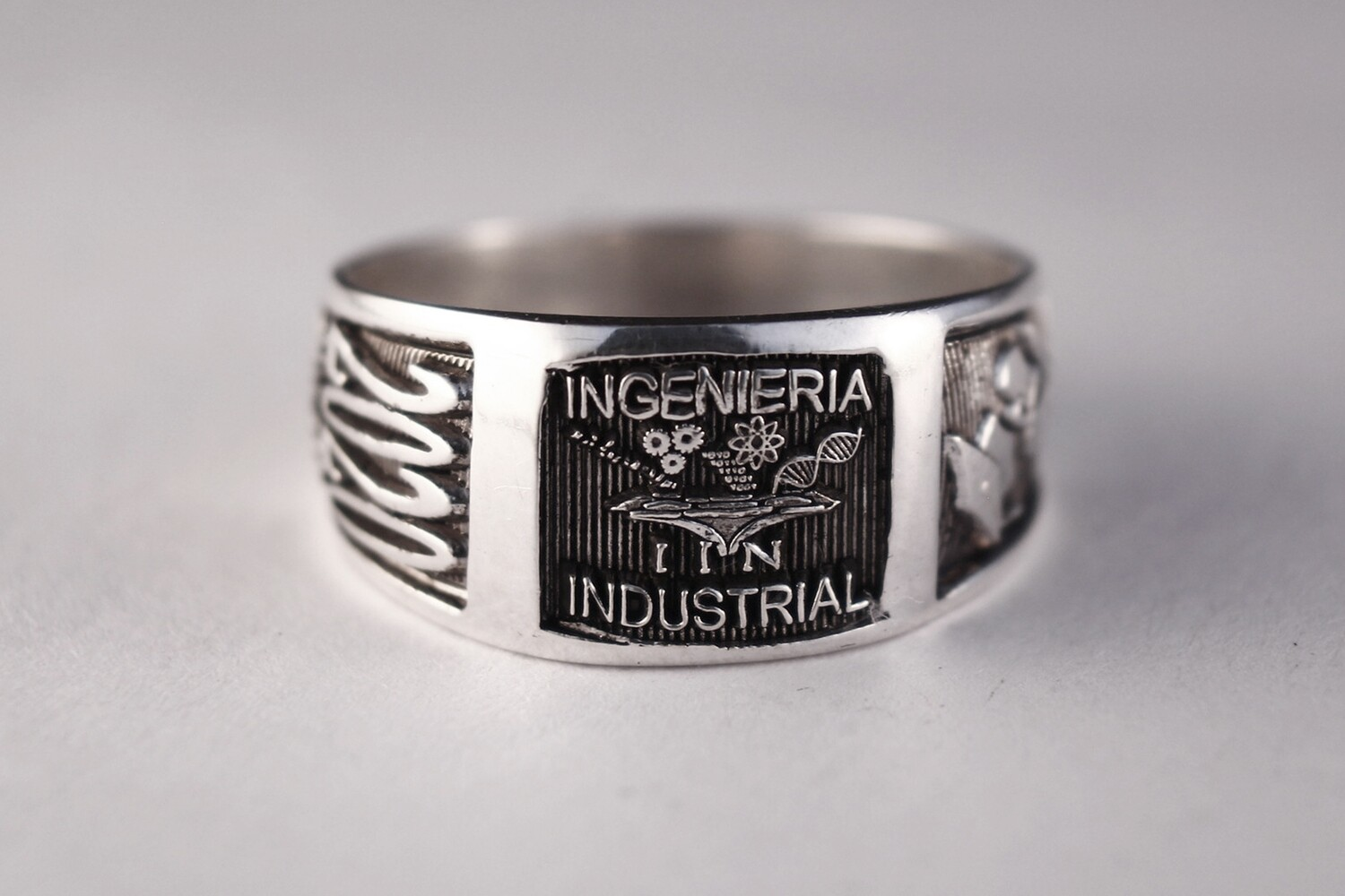 Anillo ing industrial Plata 07