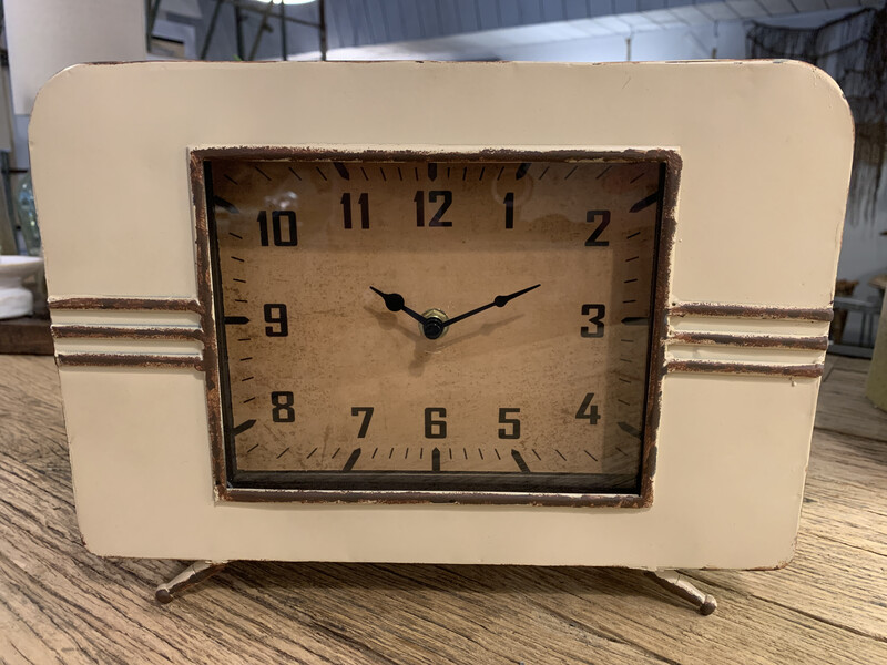 DA7286 Metal Mantel Clock