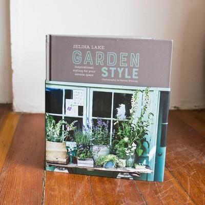 Selina Lake Garden Style Book