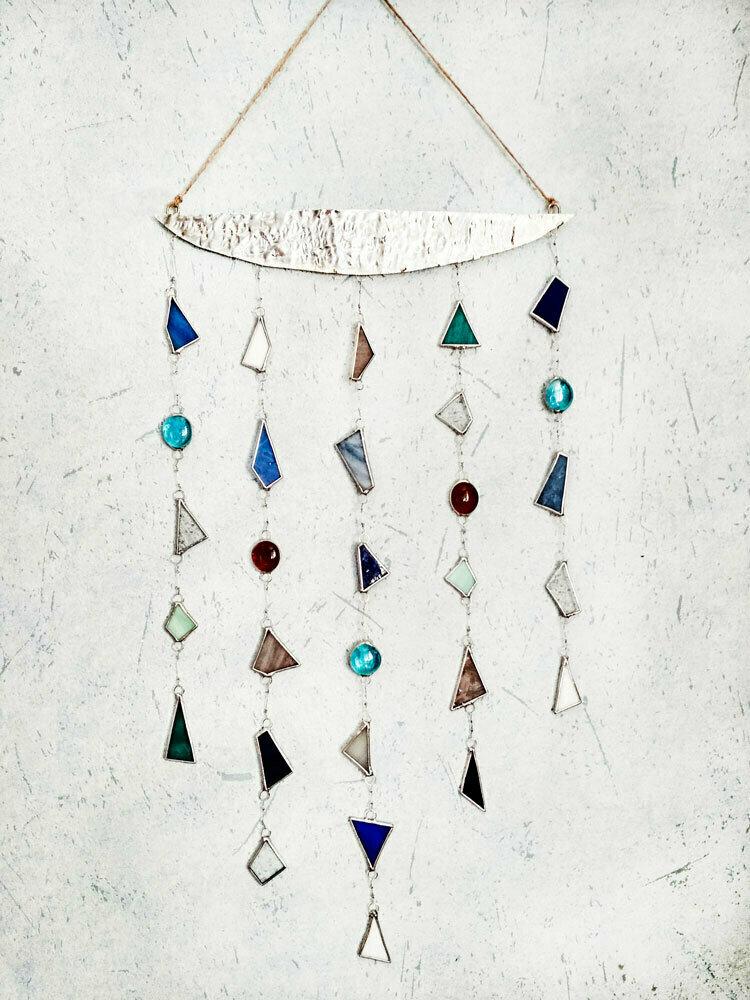 Декор интерьера из витражного стекло, меди и олова