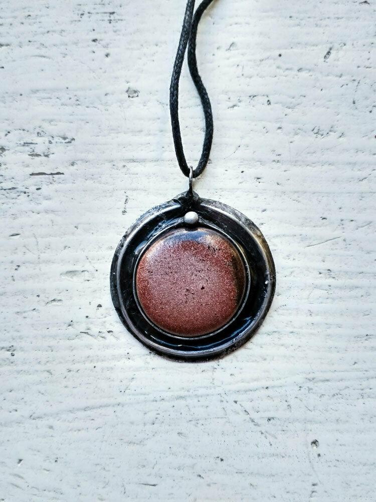 Кулон из меди, олова и керамики