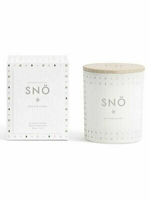 Свеча ароматическая SNÖ белого цвета с крышкой