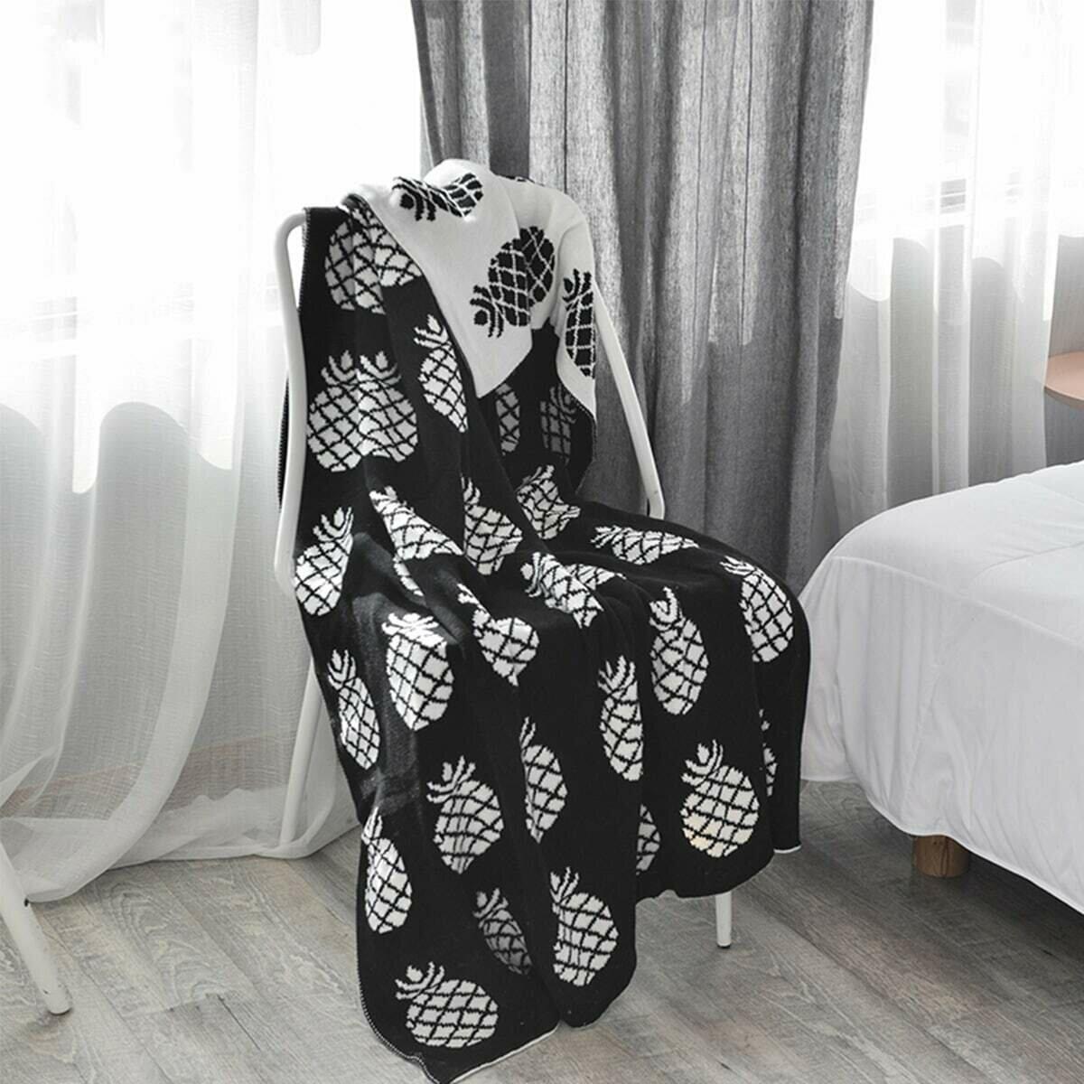 Вязаное одеяло с принтом ананаса