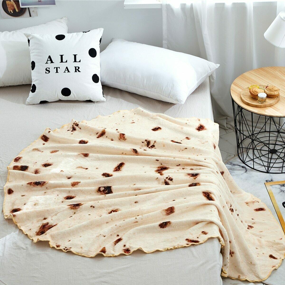 Плюшевое одеяло с графическим принтом