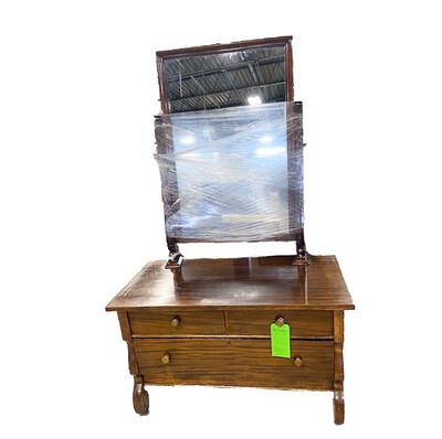 3-Drawer Dresser with Mirror