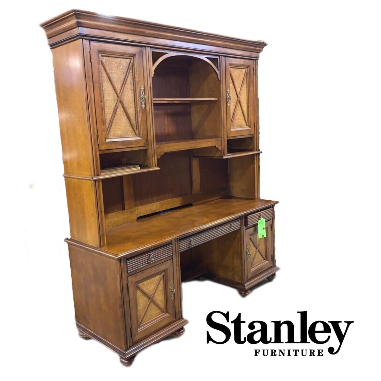 Stanley Desk & Hutch