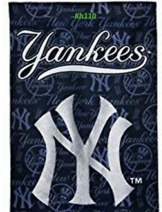 Yankees Decorative Suede Glitter Team Flag
