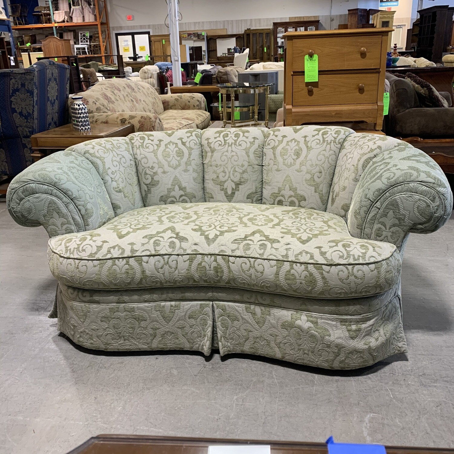 Blush Green Round Love Seat