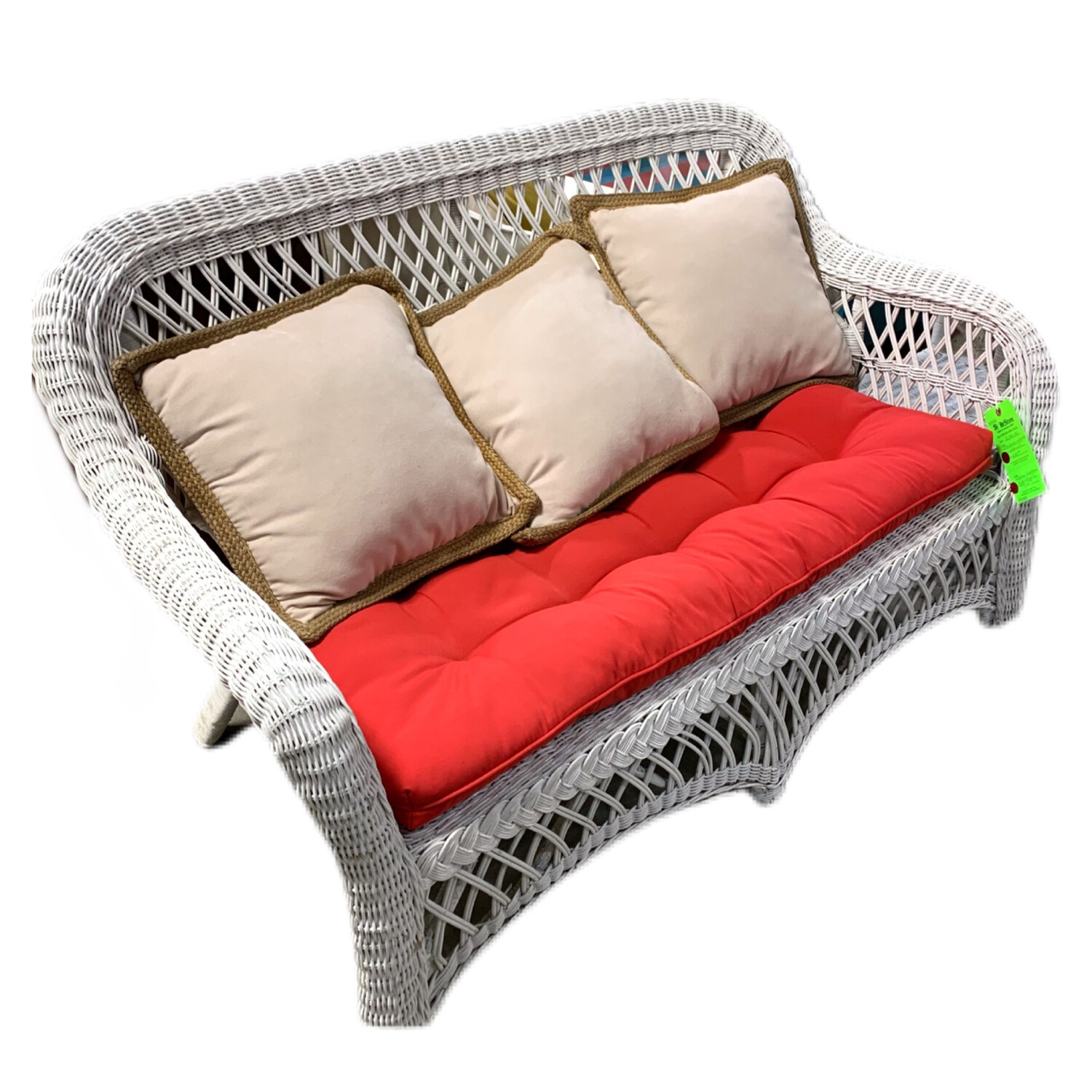 White Wicker Loveseat With 4 Cushions
