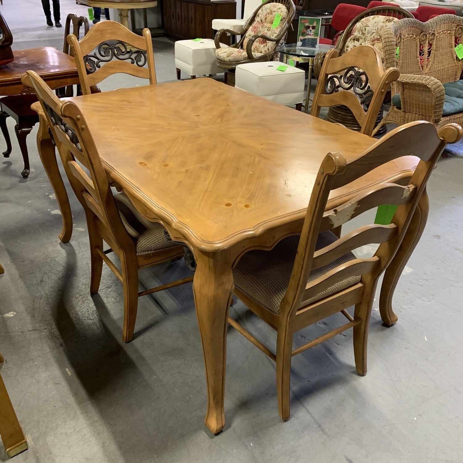 Oak Dinner Table 5 Chairs With Metal Inserts