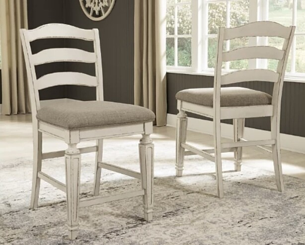 Realyn Counter Height Bar Stool (Set of 2)