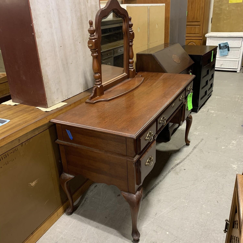 American  Drew Furniture Vintage Desk