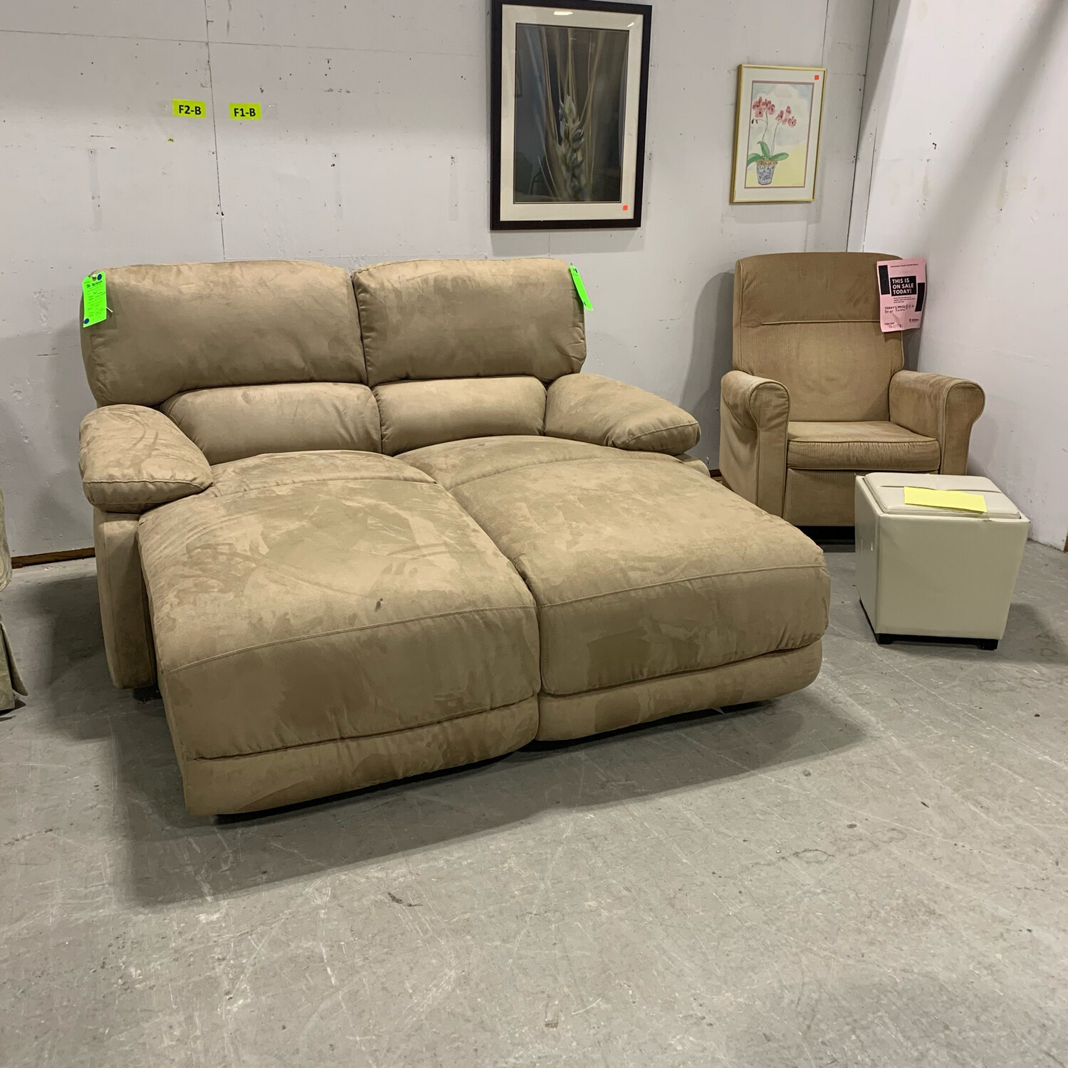 Macy's Incliner Beige Chaise ( Right Arm)