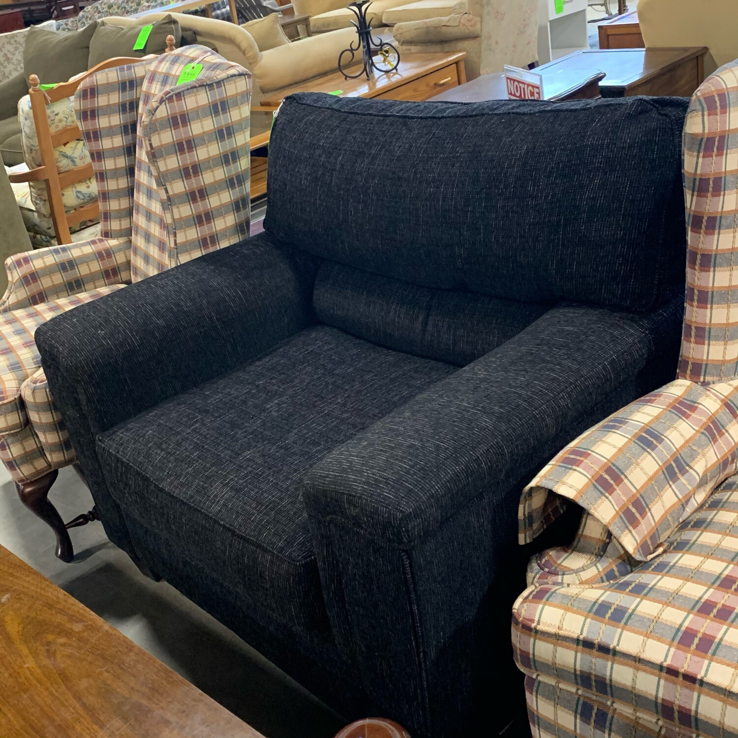 United Furniture Polyester Onyx Armchair