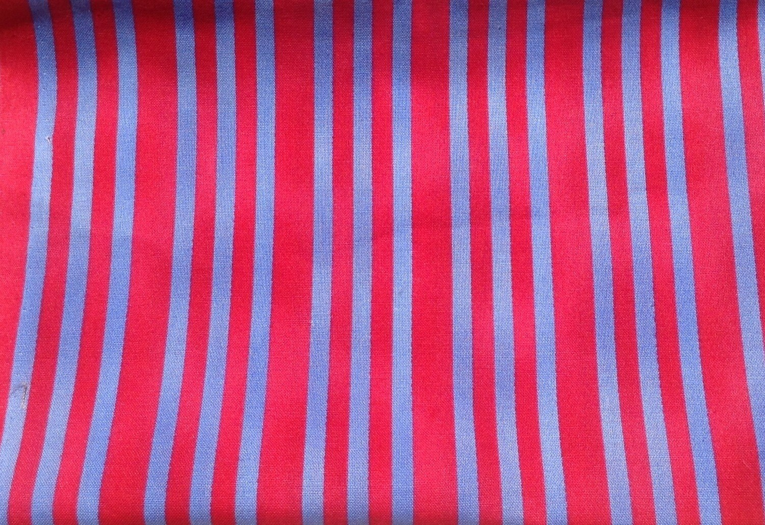 Fabric: Blue & Red / Cotton