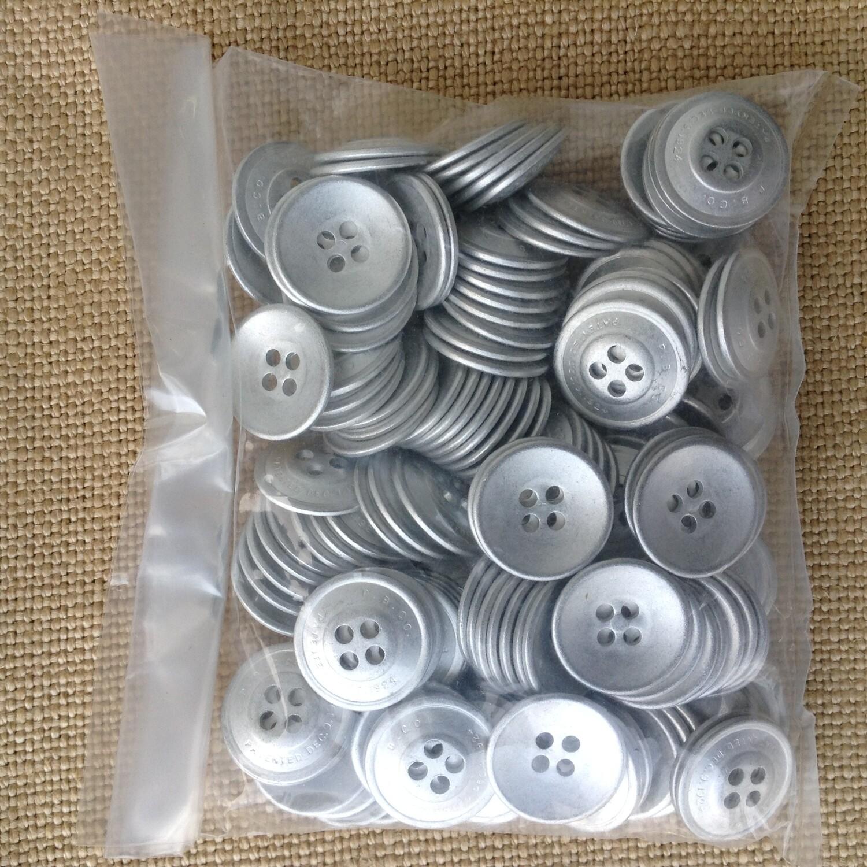 Buttons / Metal (144 per bag)