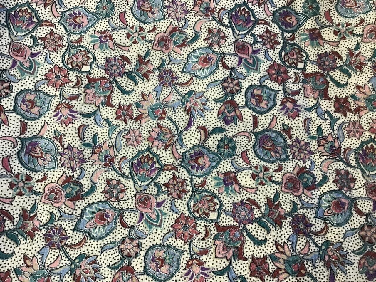 Fabric: Spring Garden (with some metallic) / Cotton