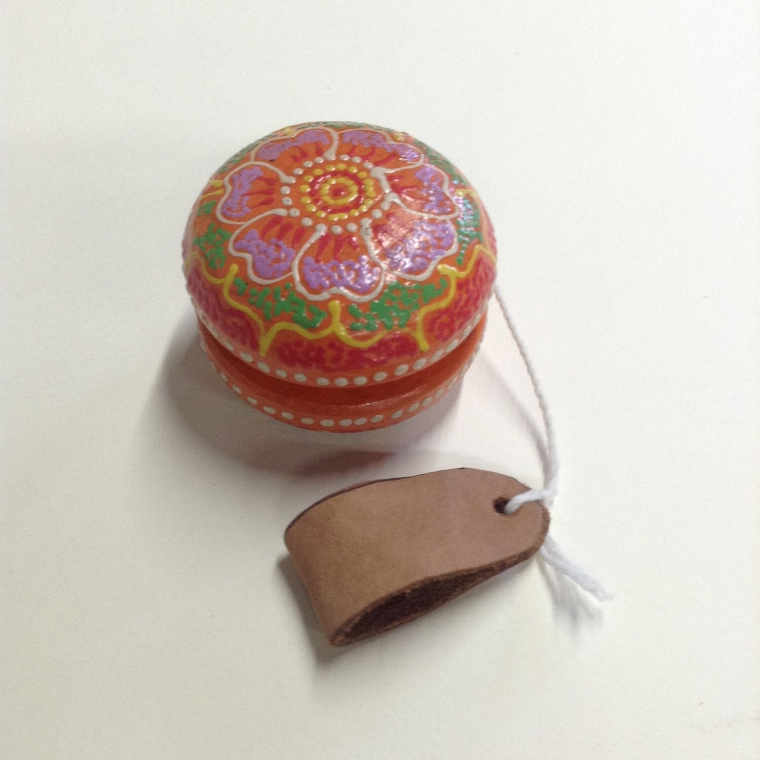 Yo-yo: Wooden, Painted, Leather Thumb Stirrup
