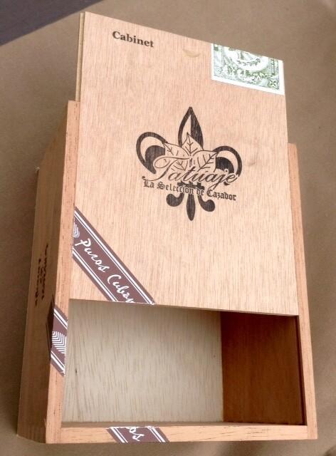Cigar Box / Tatuaje