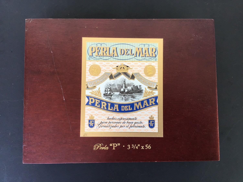 Cigar Box / Perla Del Mar
