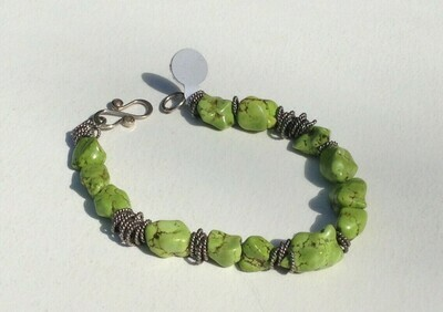 Bracelet: Green Stones with Metal Rings