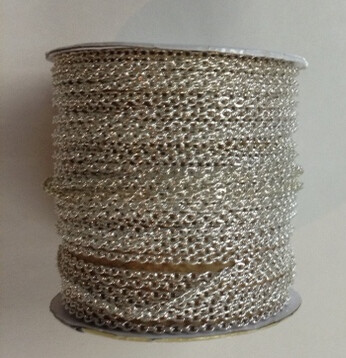 Silver-tone Chain On A Roll