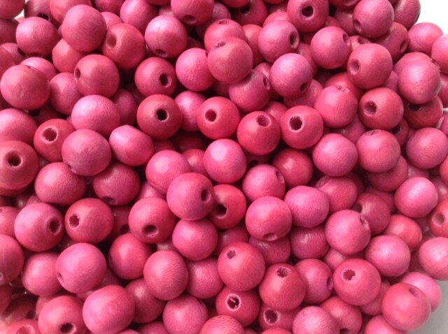 Beads: Wood / Pink