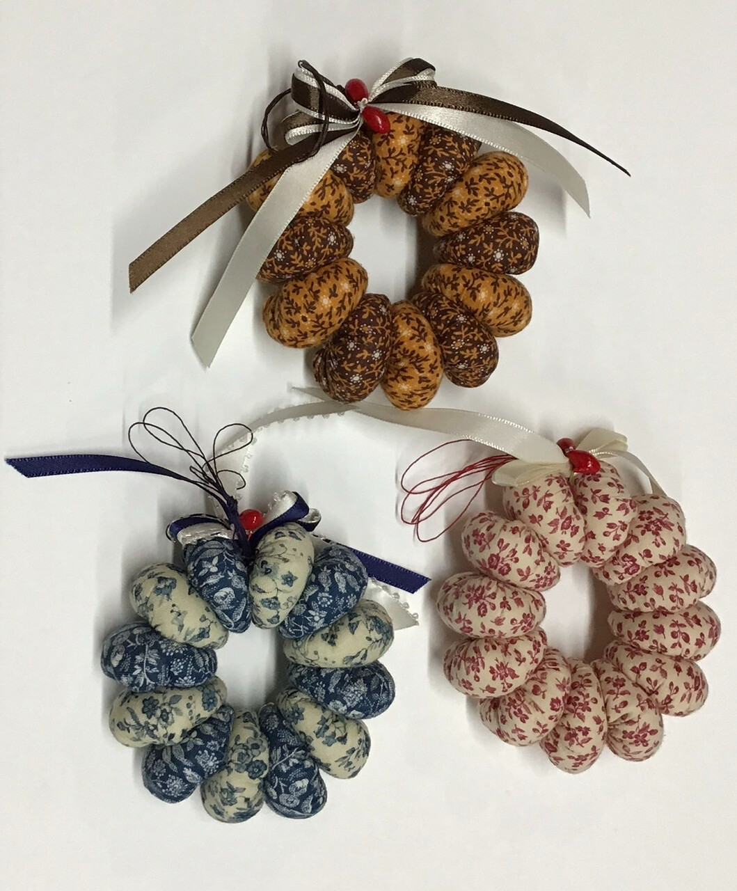 Small Fabric Wreaths / Set of 3