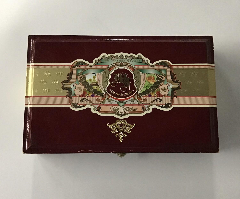 Cigar Box / Garcia & Garcia