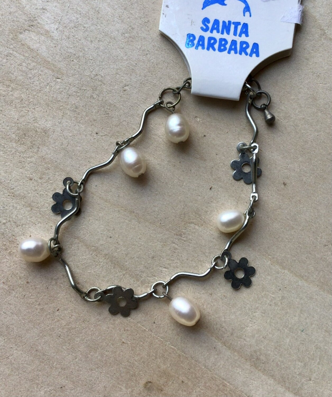 Bracelet: Pearl and Flower Dangles