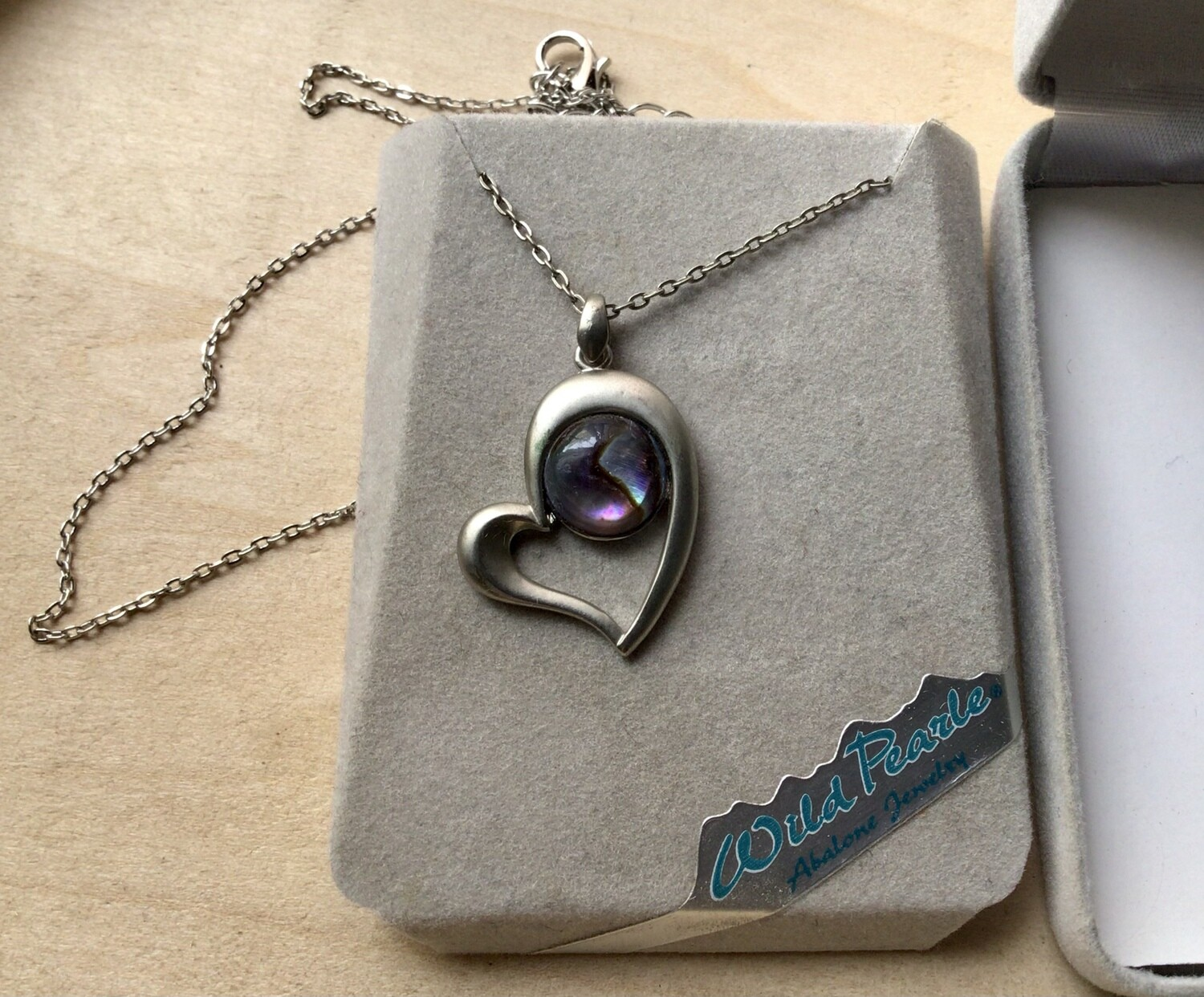 Necklace: Heart With Round Abalone