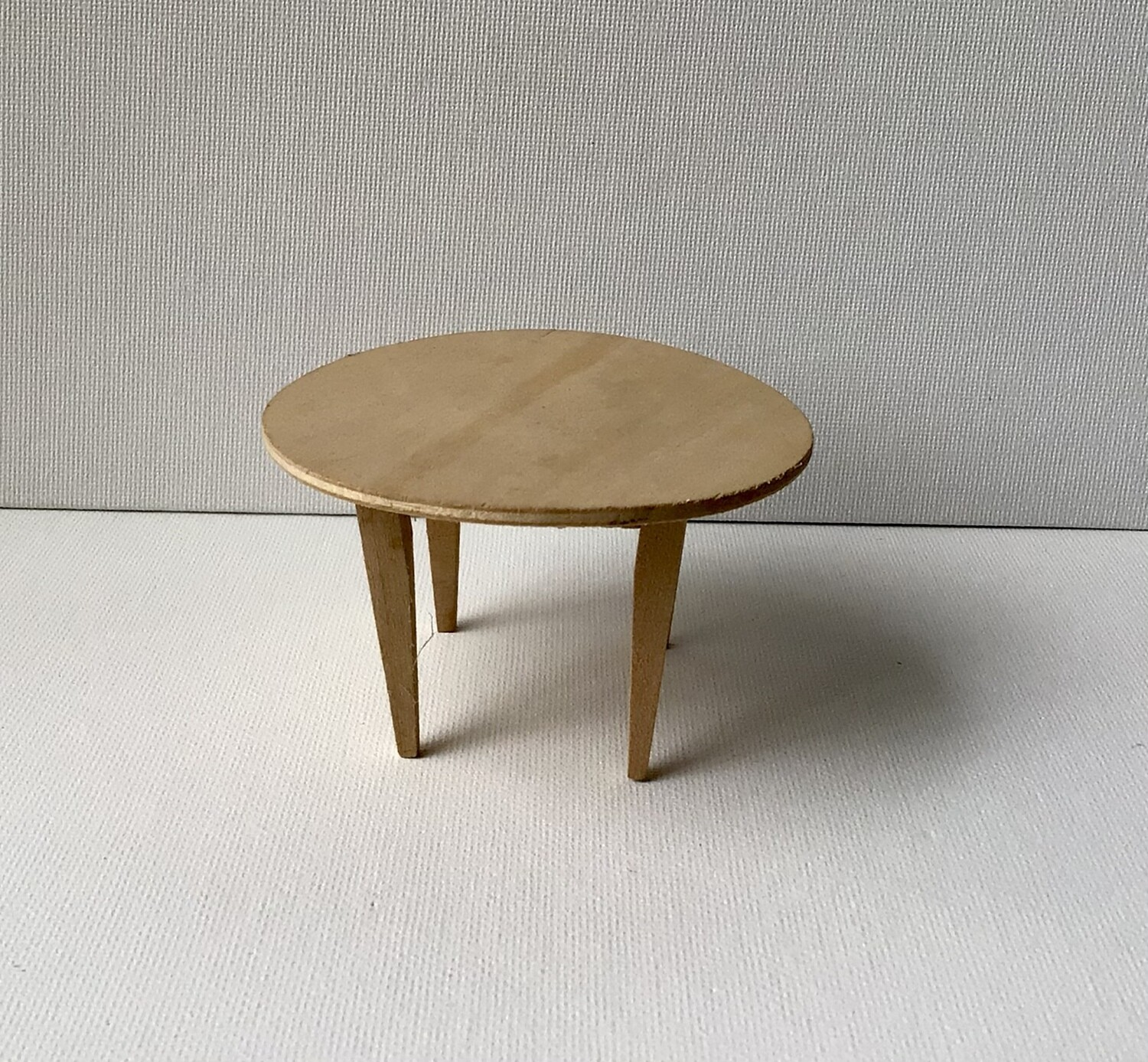Miniature Furniture: Round Wood Table